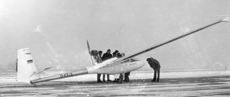 ak-1_erstflug
